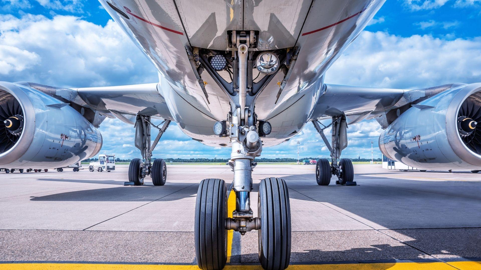 Wheels Down Aircraft